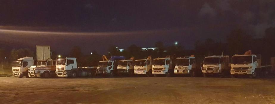 2016-09-16-21-29-30-trucks